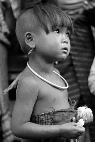 Raoul Coutard  Fillette Lao, Laos circa 1950 © Raoul Coutard